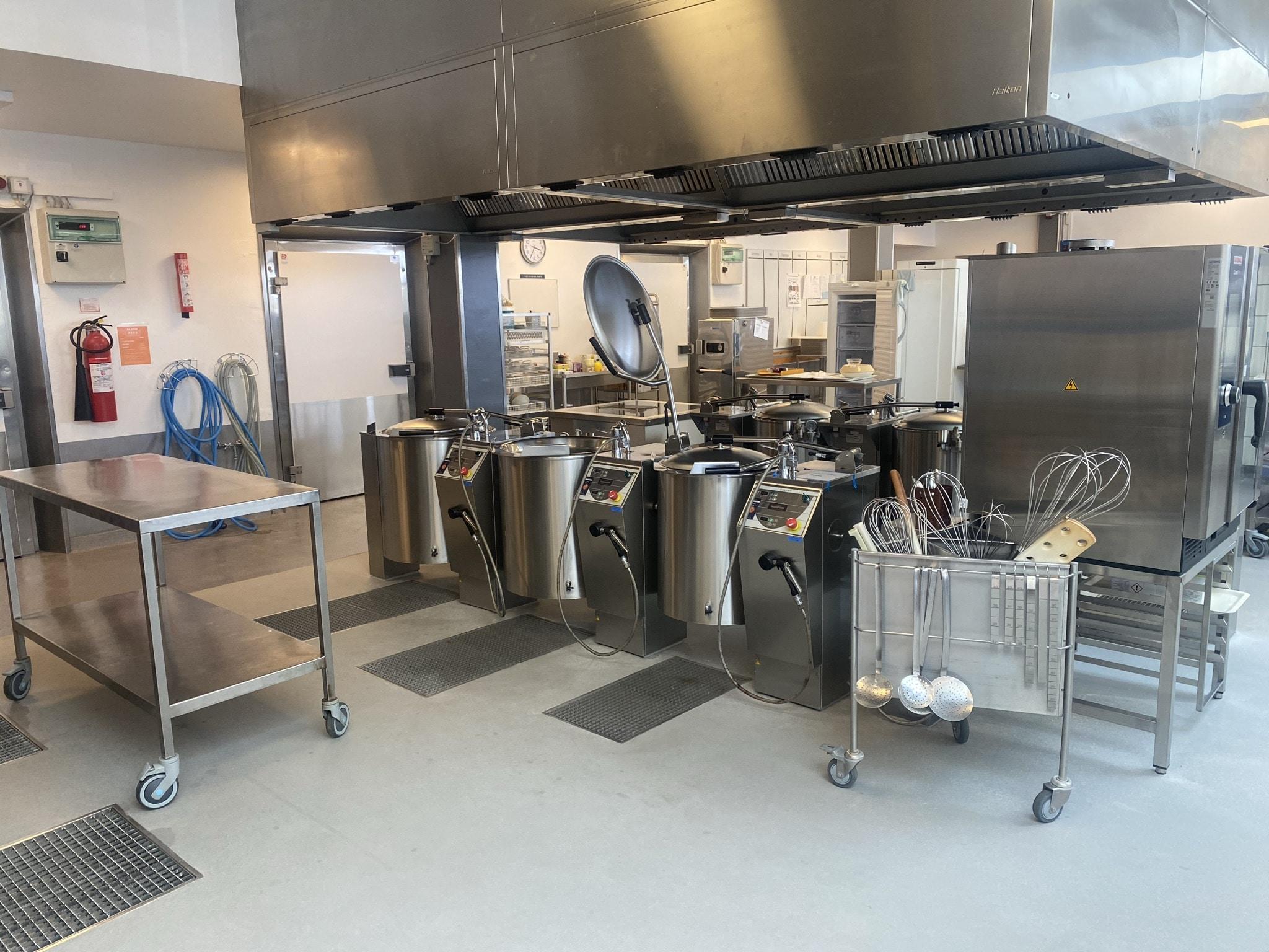Renovering af køkkengulve på Bornholms Hospital